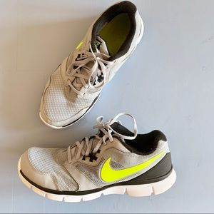 Nike Flex Experience RN 3 Running Shoes Size 10